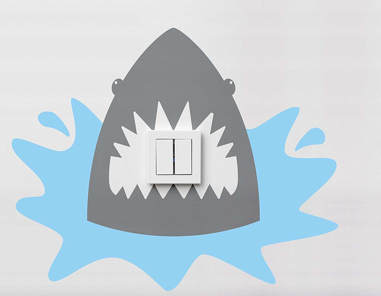 Vinilo interruptor tiburón 30x30cm | Carteles XXL - Impresión carteleria publicitaria
