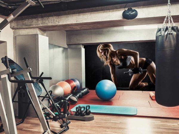 Fotomural Gimnasio Chica Body Pump Pesas   Carteles XXL - Impresión carteleria publicitaria