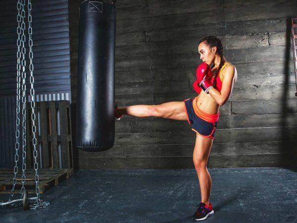 Fotomural Gimnasio Chica Cardio Punch Boxeo | Carteles XXL - Impresión carteleria publicitaria