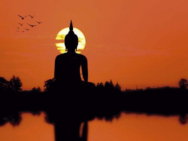 Vinilo Frigorífico Estatua Buda al Atardecer | Carteles XXL - Impresión carteleria publicitaria
