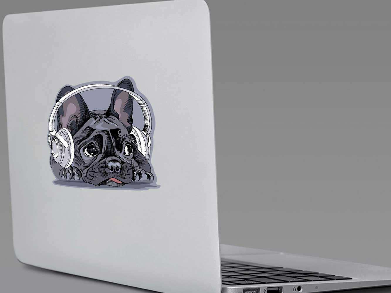 Vinilo Adhesivo Portátil BullDog Escuchando Música | Carteles XXL - Impresión carteleria publicitaria