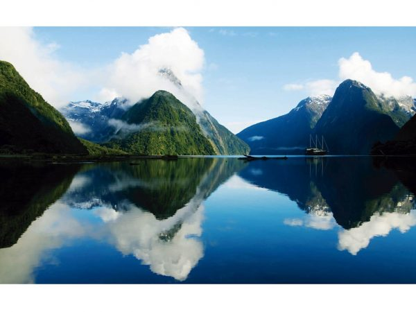 Vinilo Frigorífico Lago entre Montañas | Carteles XXL - Impresión carteleria publicitaria
