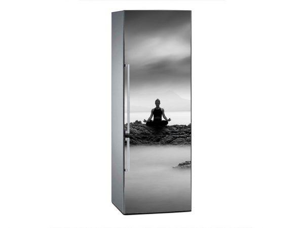 Vinilo Frigorífico Yoga entre las Nubes | Carteles XXL - Impresión carteleria publicitaria