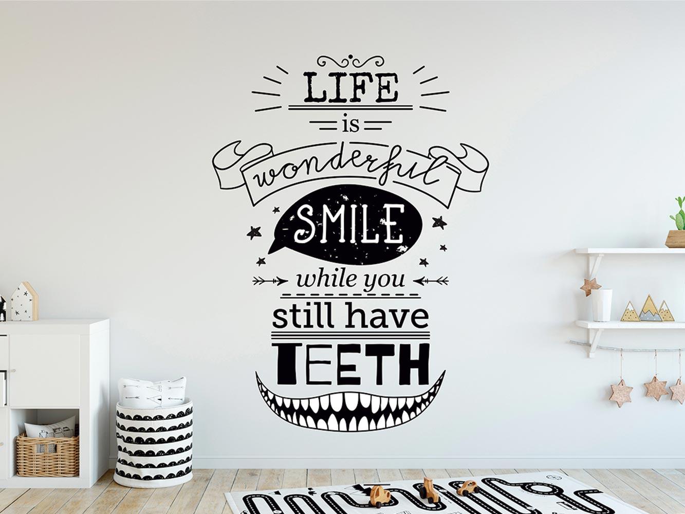 Vinilo Infantil La Vida es Maravillosa Sonríe | Carteles XXL - Impresión carteleria publicitaria